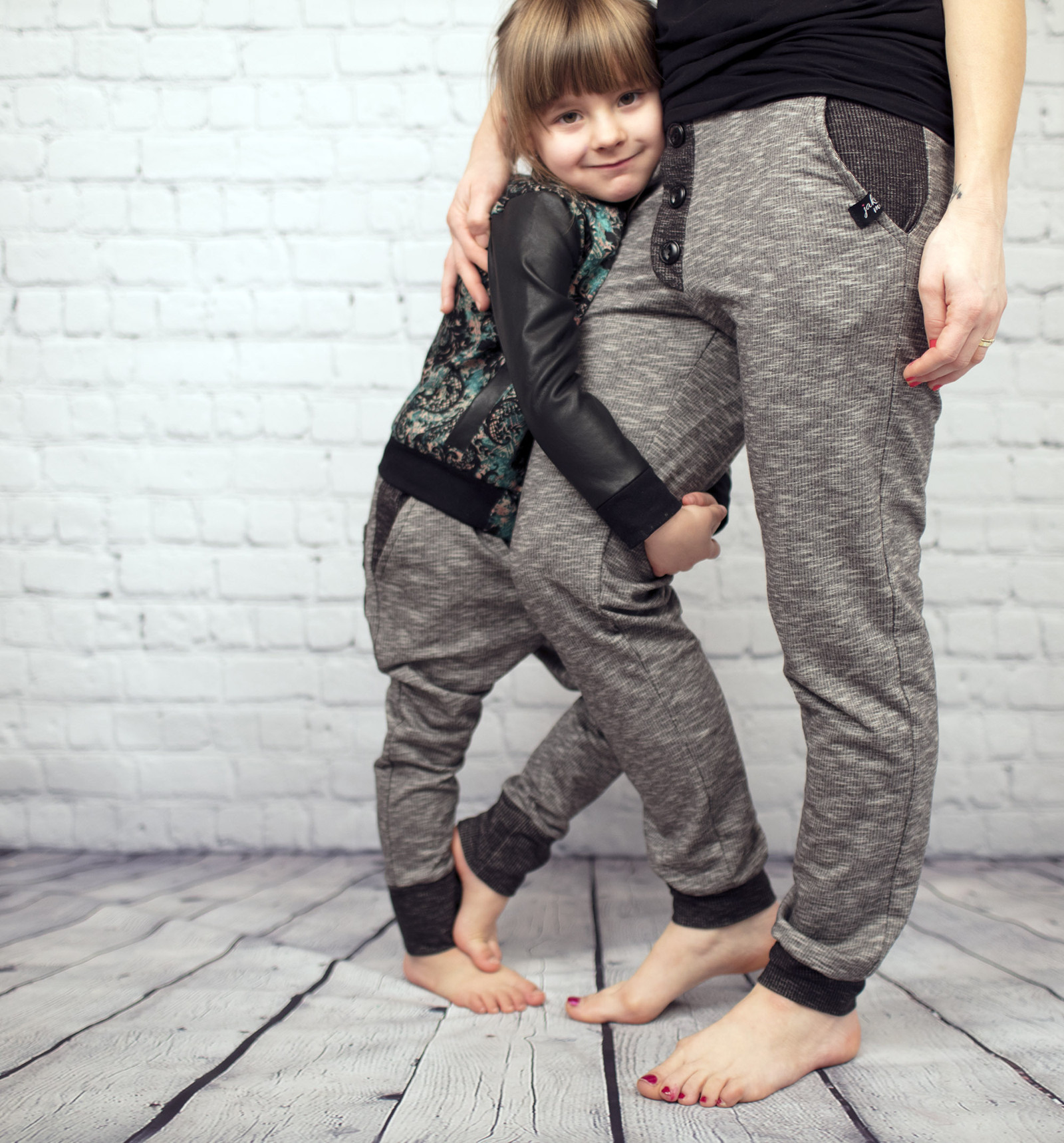 b8b28a411 Stejné oblečení tepláky JakoMáma ZERO Black - Děti / Zboží prodejce ...