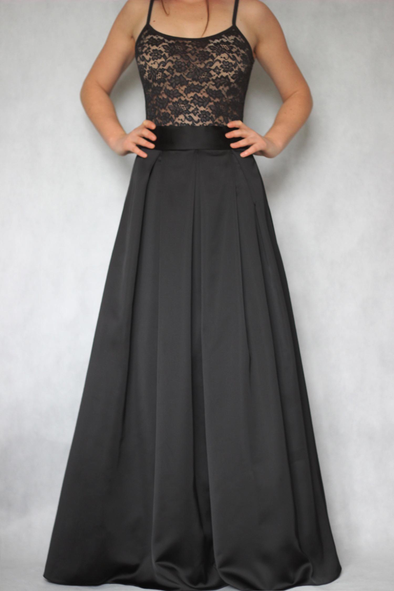 Společenská skládaná sukně různé barvy   Zboží prodejce Dyona  320064dd9c