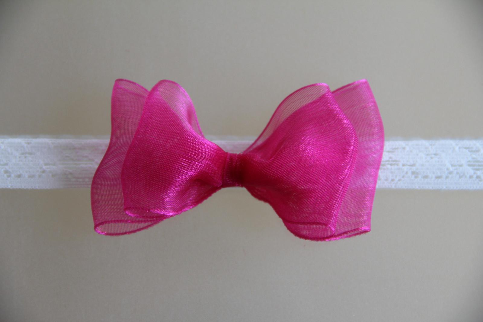 Bílá pružná čelenka s růžovou mašlí   Zboží prodejce krásná čelenka ... 3ecff85082