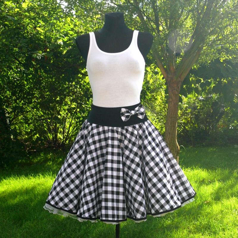 Černobílá kostkovaná kolová sukně - SKLADEM   Zboží prodejce ... 33123c0e9f