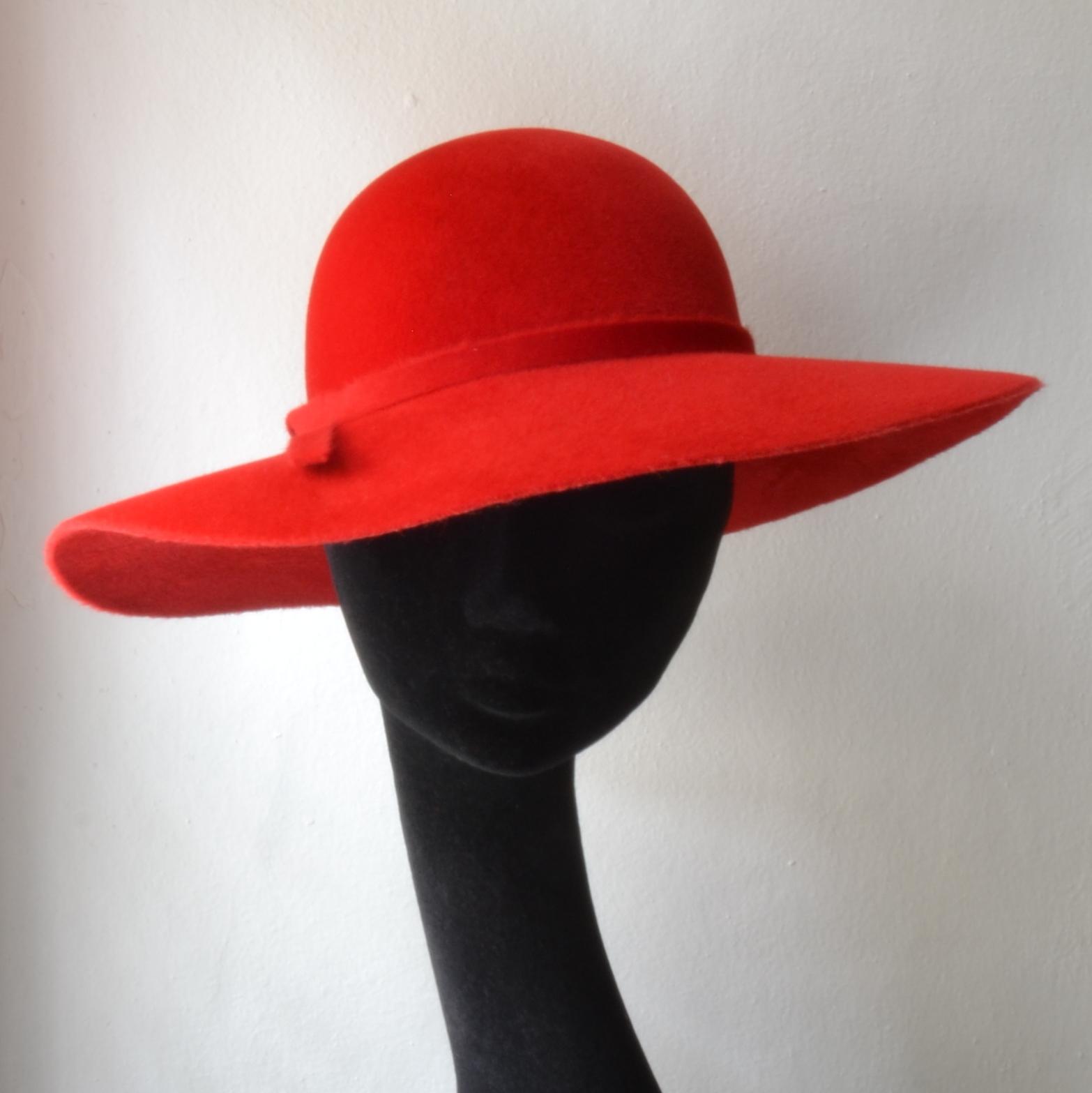 1a5f68d1705 Dámský Plstěný Klobouk Floppy Hat Červený   Zboží prodejce modistka ...