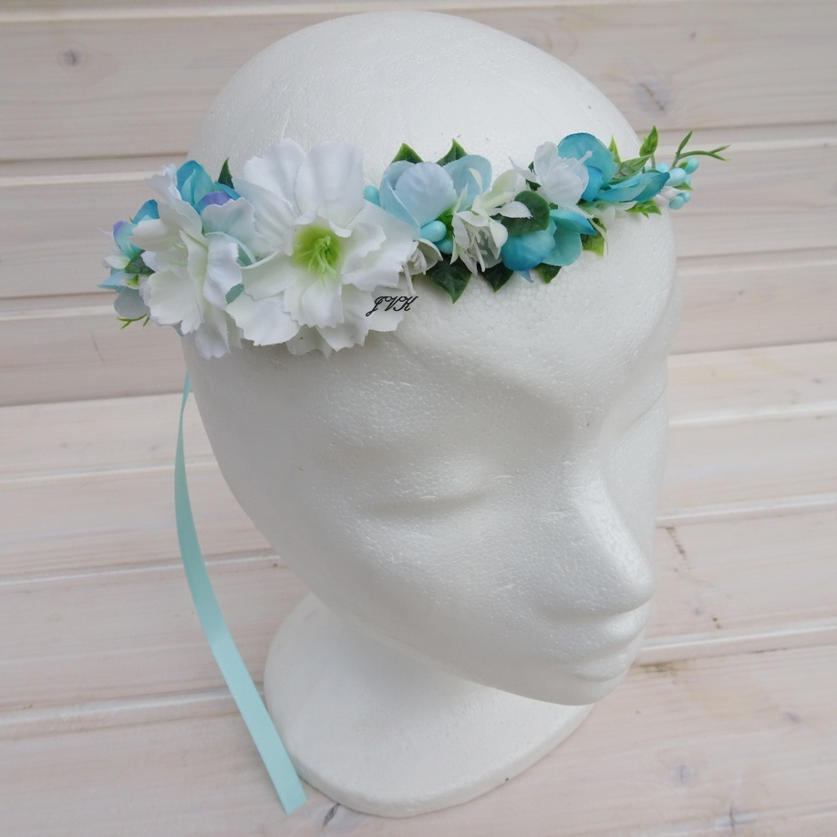 Věneček do vlasů Laetitia   Zboží prodejce Bereniké Flowers  8c05a3b20d