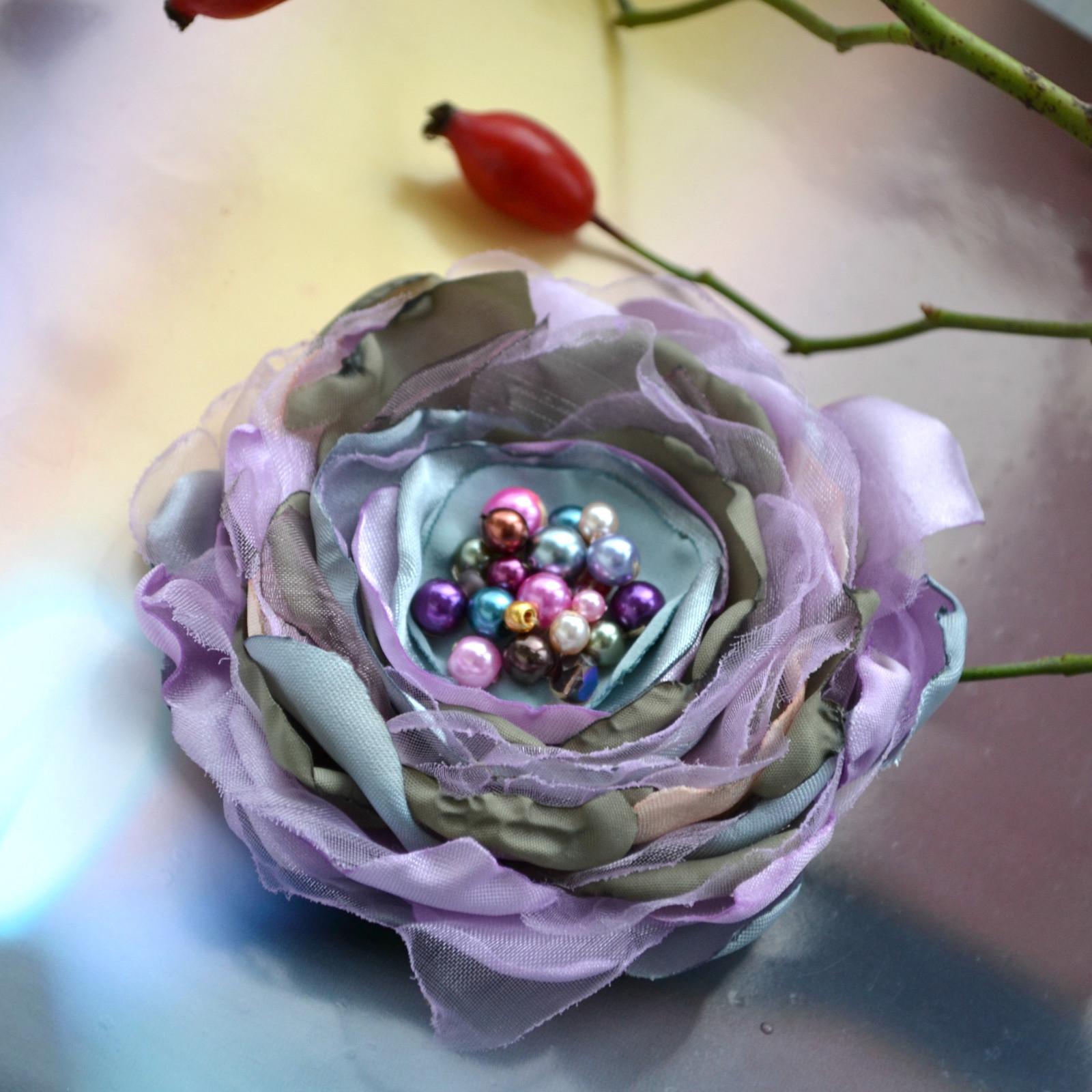 Brož i květ do vlasů Barborka   Zboží prodejce Kruchy  e7da8cae12