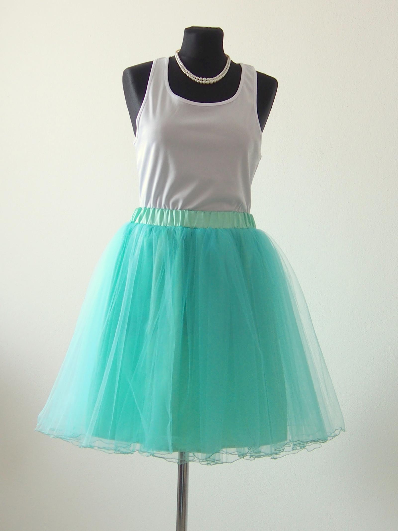 49fdb3cec40 Tylová sukně s ozdobným lemem - mentolová   Zboží prodejce MVstyle ...