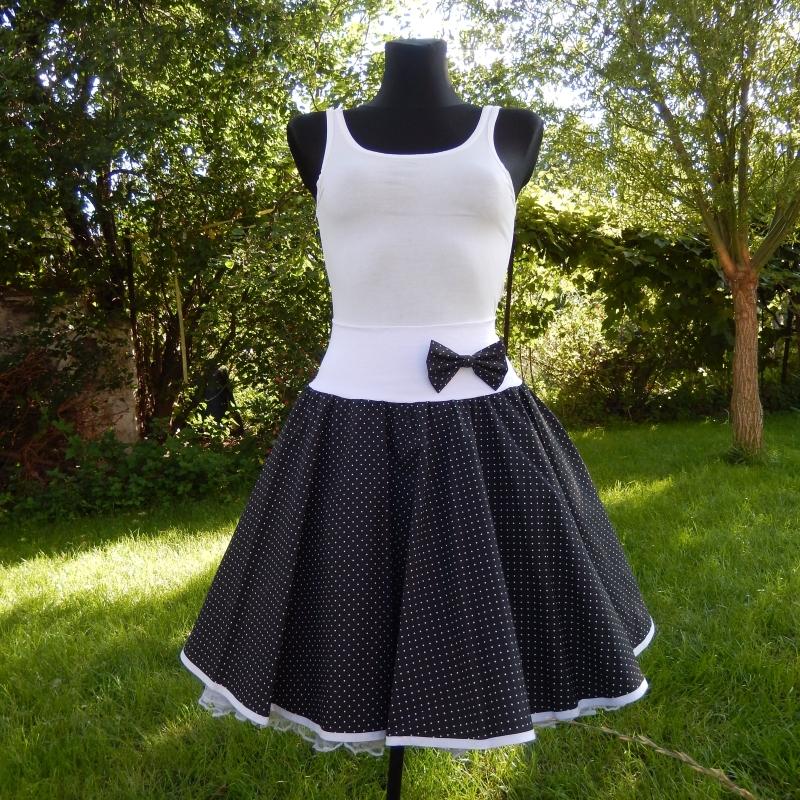 Černá kolová tečkovaná sukně - SKLADEM   Zboží prodejce Princezna ... e352469873