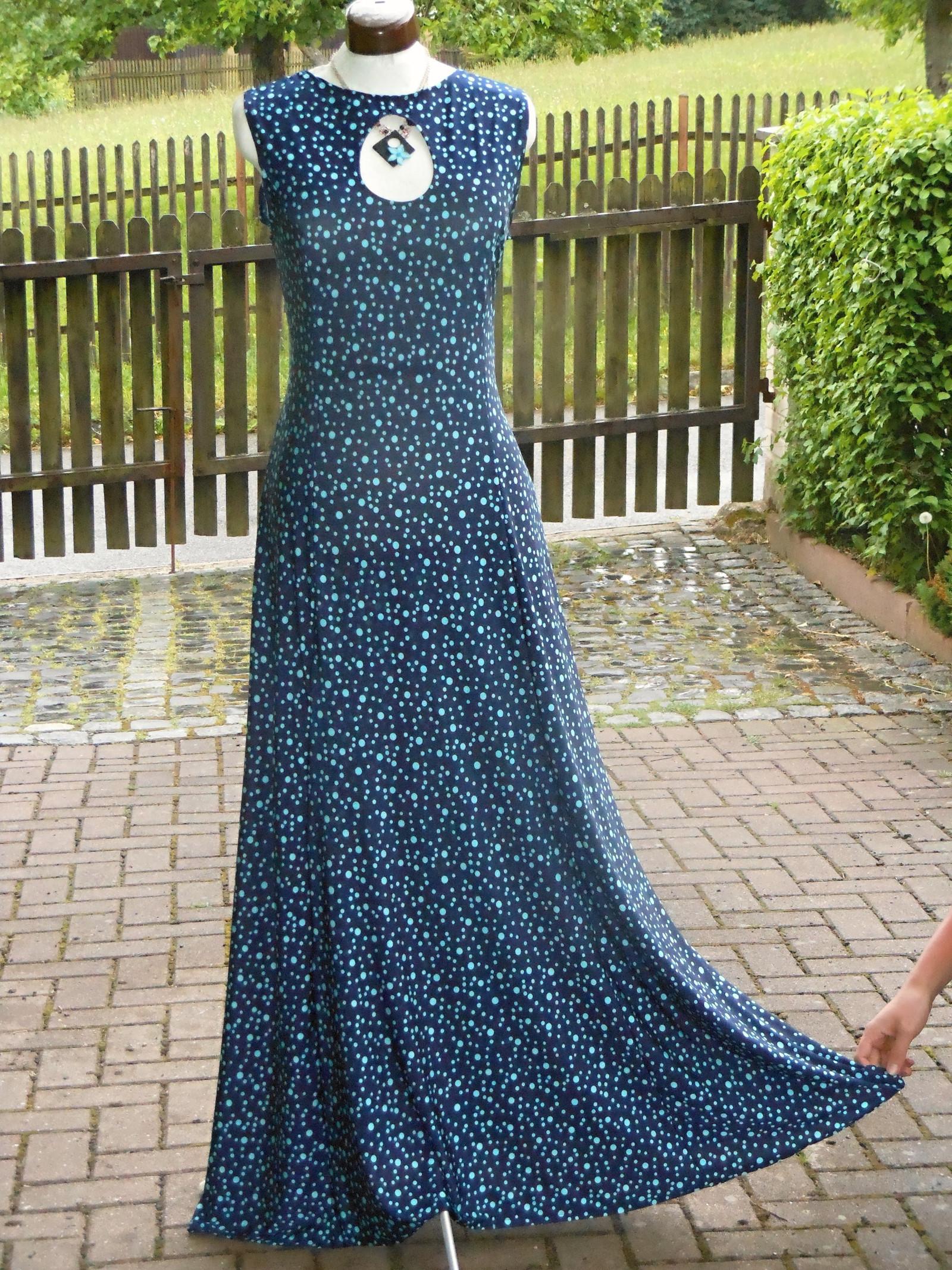 840770da3c4 Dlouhé šaty- modro tyrkysový puntík   Zboží prodejce Helena 131 ...