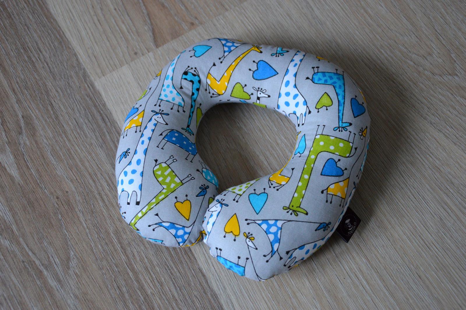 0d625aef500 Cestovní polštářek žirafky   Zboží prodejce Torsolo