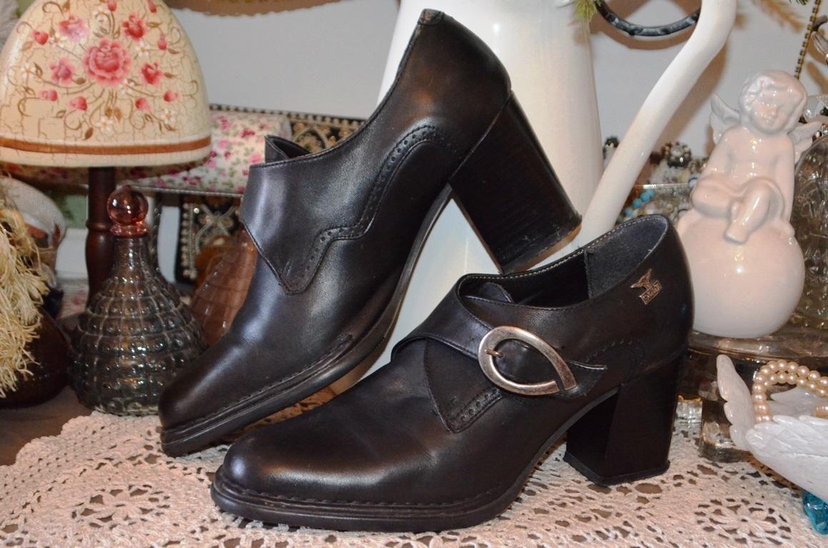 bcfca865b7e4 Parádní kožené kvalitní a pohodlné boty   Zboží prodejce Panská ...