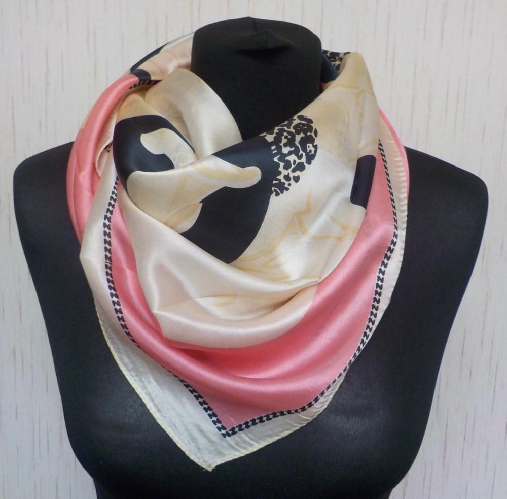 50b7c891e76 Velký hedvábný šátek---- magnólie   Zboží prodejce YSRC