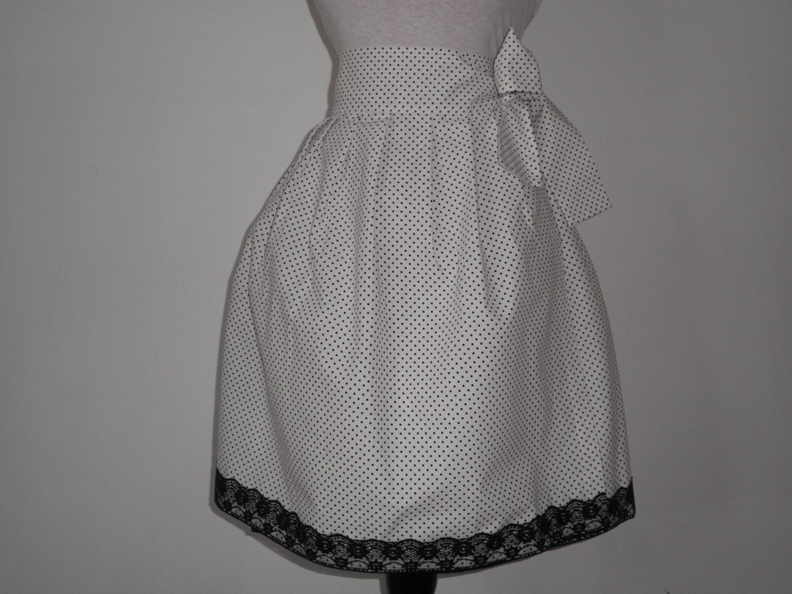 Zavinovací sukně černý puntíček na bílé AKCE   Zboží prodejce ELA P ... f183e81323