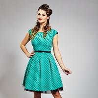 63e9e1d5db77 Zelené retso šaty s černým puntíkem
