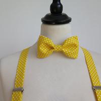 e3465f1c61f žlutá sada s tečkami - motýlek a kšandy · O. 32.12 €. set z modrotisku  skládaná  sukně a pánský motýlek