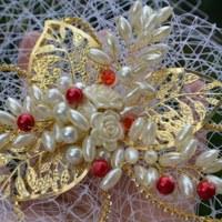 d4673b558f2 Svatební fascinátor Eddiel · kultdesign · O+. 26.02 €. Svatební ozdoba do  vlasů Claudine champagne gold