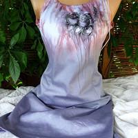 4c02742a440 Elastické šaty s malbou růží. Kristýnek