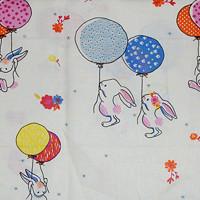 4e38bfdee3b8 Zajíček s balónky na béžové 100% bavlně