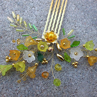0c476cd32f7 hřebínek do vlasů - žluté zvonky + zlatý