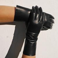 219e0cb77ca Delší černé dámské kožené Glazé rukavice