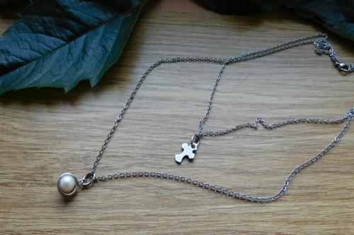 Náhrdelník -Dvoj řetízek s křížkem a říční perlou