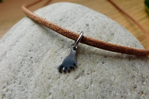 Náhrdelník - kožený s nerez  nožkou