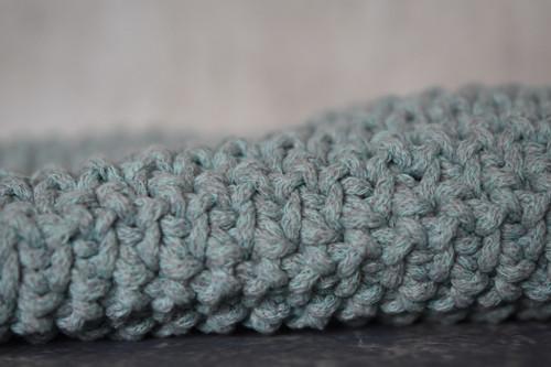 Zelenkavá - taška crossbody s podšívkou a zipem