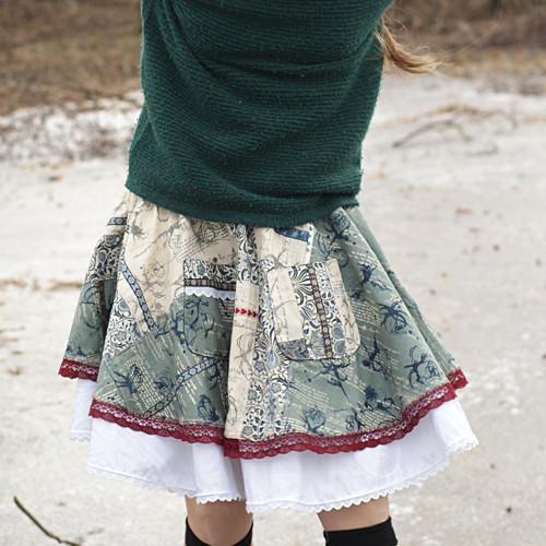 Romantika nakonci zimy ...kolová sukně 9-13 let