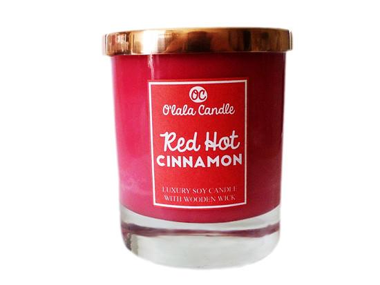 Red Hot Cinnamon - Luxusní sójová svíčka s vůní skořice
