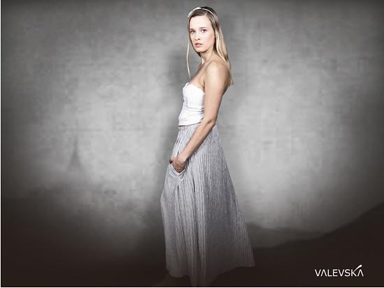 valevska jested skirt