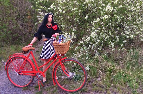 Kasandra s bicyklem